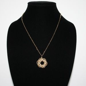 """Vintage gold and pearl necklace 20"""""""
